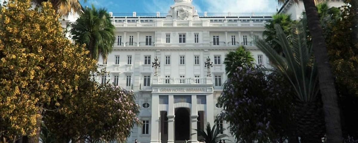 Hotel_Miramar_exterior_entrance_1920x1200