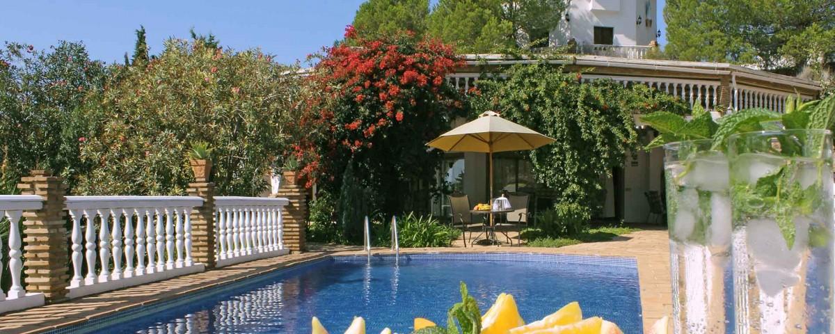 Cortijo Alegrija swimming pool 1920x1280_01