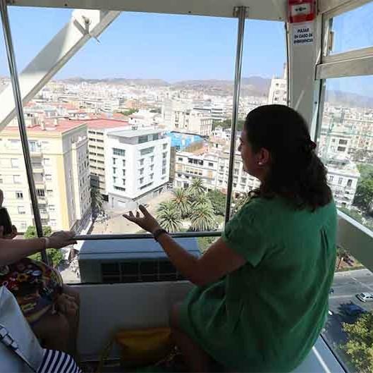 Malaga Ferris Wheel Noria Mirador Princess 03