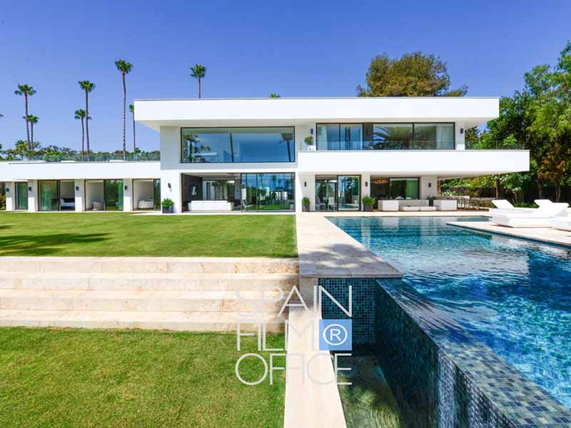 Modern Sotogrande Villa  th 800x600