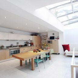 01_Kitchen_wide_P1210368_1200x900